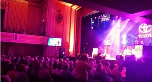 Tanya performed her album track 'Fallen Angel' which was co-written by Rick Price at the Tamworth Town Hall for the Toyota Star Maker Final 10 event